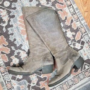 Born| Bitsey boots